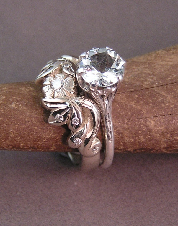 Fall in love with this Challenging Design for a Wedding Ring