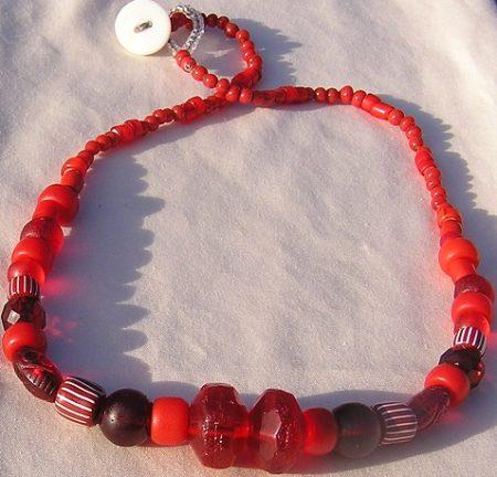 Crazy 'bout them Reds - Trade Beads